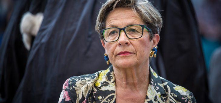 La mère de Vincent Lambert interpelle Emmanuel Macron dans une lettre ouverte