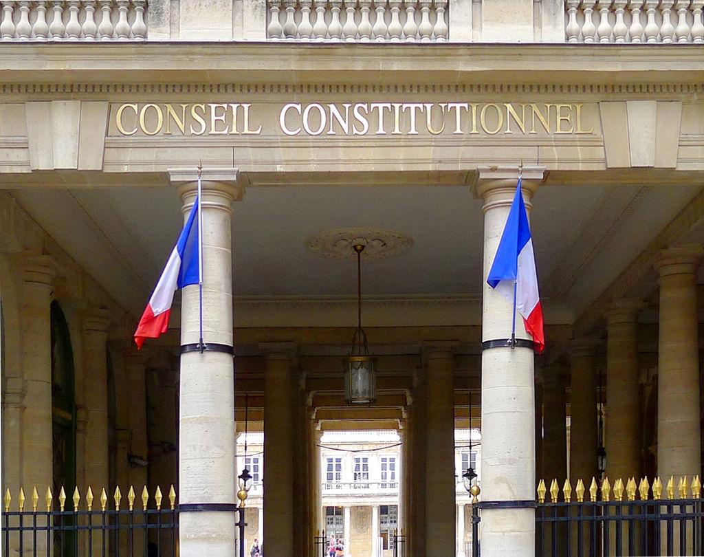 1024px-Conseil_constitutionnel,_Paris_(2011)